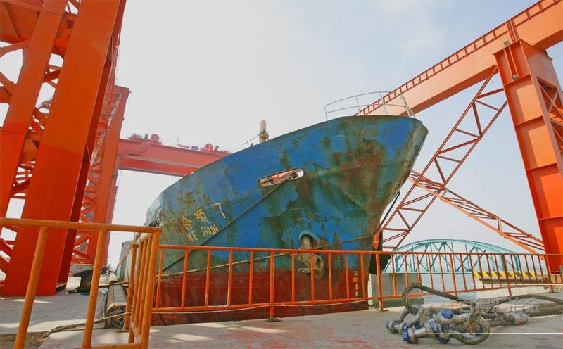 船厂抛光除锈铁砂